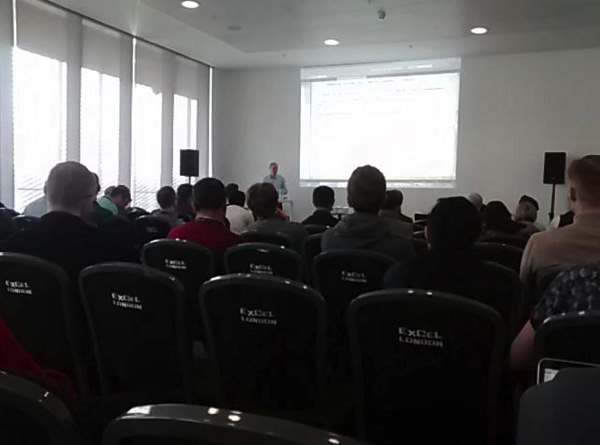 Me speaking in front of a large audience talking about why In-Memory OLTP doesn't (yet) make too much sense